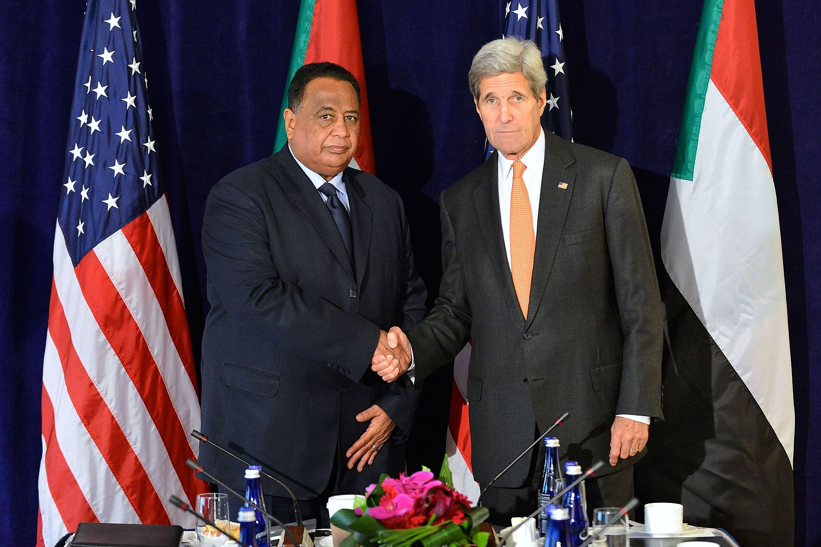 Secretary_Kerry_Poses_for_a_Photo_With_Sudanese_Foreign_Minister_Ghandour_Before_Their_Meeting_in_New_York_City_(21267806193).jpg