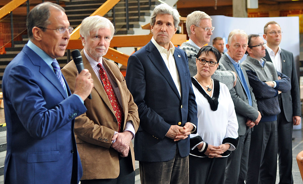 1024px-Secretary_Kerry_Attends_Closing_Session_of_the_Arctic_Council_Meeting_(4).jpg